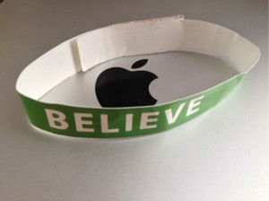 1249293-bracelet-apple-greve-believe